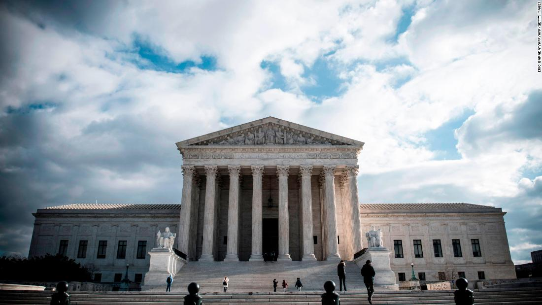 Supreme Court puts temporary hold on House subpoenas to banks for Trump's financial documents