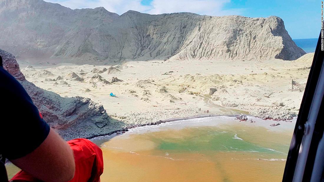 New Zealand volcano eruption: White Island tremors increase